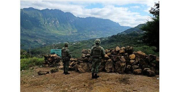 Militares en Coco, Aldama, Chiapas. Foto: Luis Enrique Aguilar