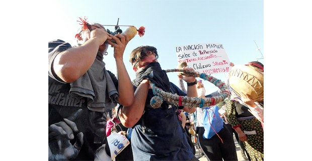 Protesta mapuche en la Plaza Italia, Santiago de Chile, octubre de 2019. Foto: Juan Trujillo Limones