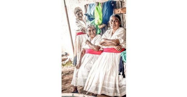 Zapotecas de San Melchor Betaza, Oaxaca. Foto: Elí García-Padilla
