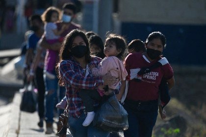 AFP migrants CA.jpeg